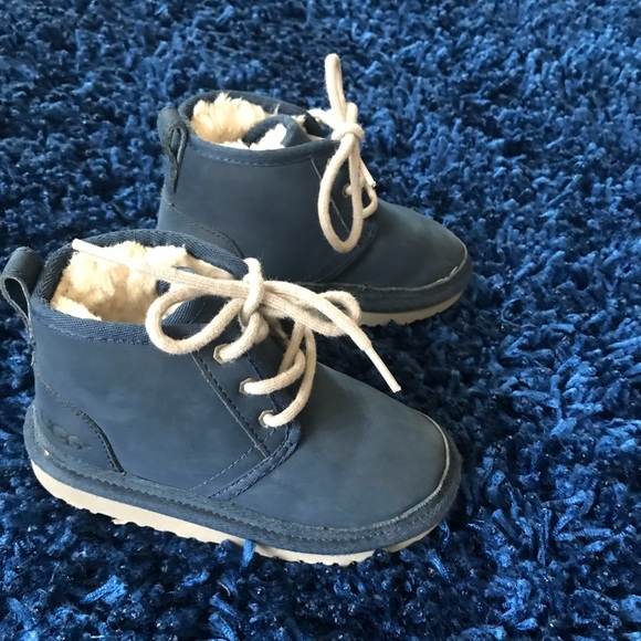 4361f61a360 UGG Neumel II Blue Boots toddler size 10